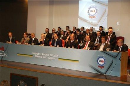 Cerimônia de entrega do selo de qualidade OAB Recomenda a 139 faculdades do país
